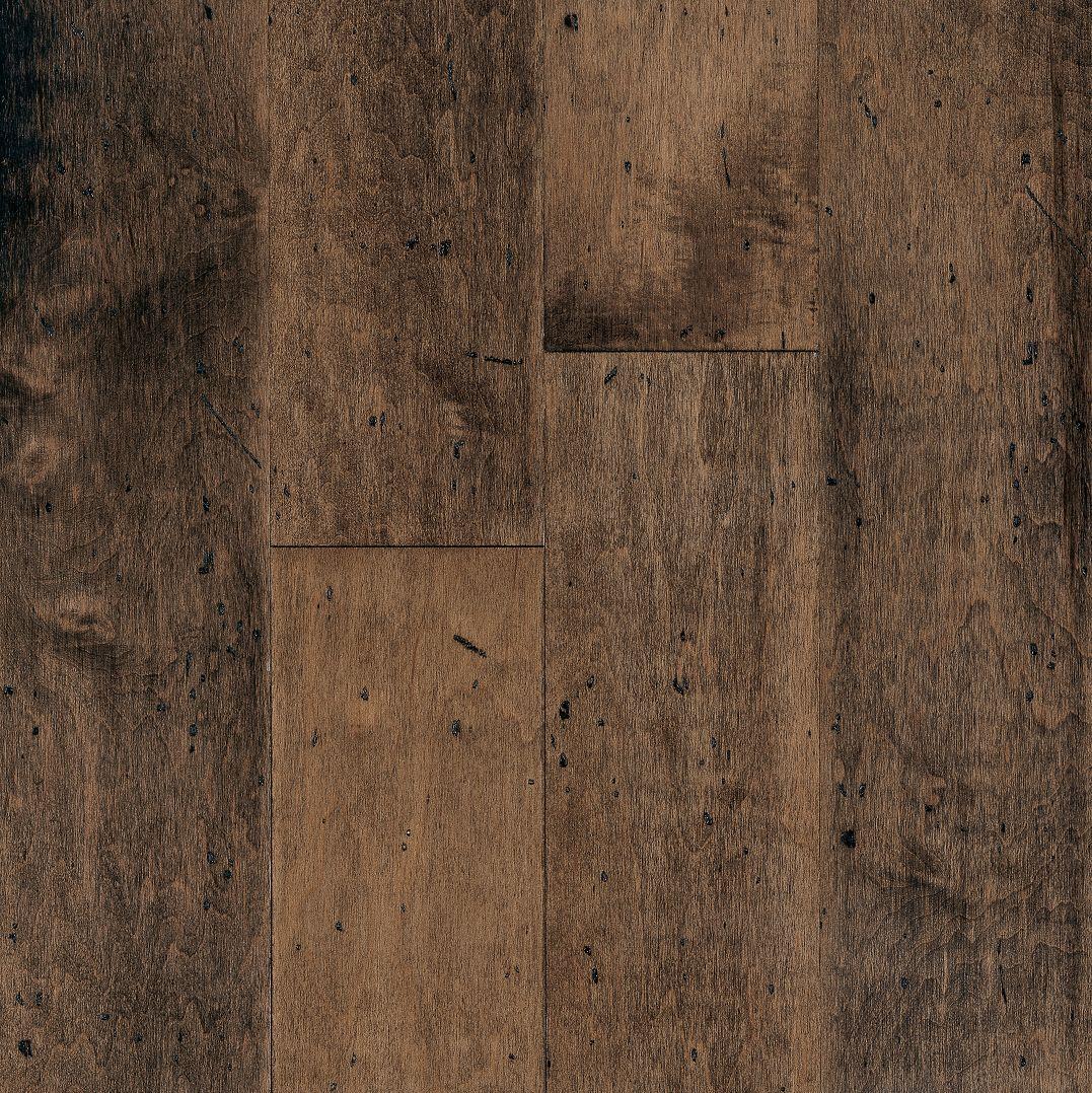 Maple Blue Ridge – Engineered Hardwood