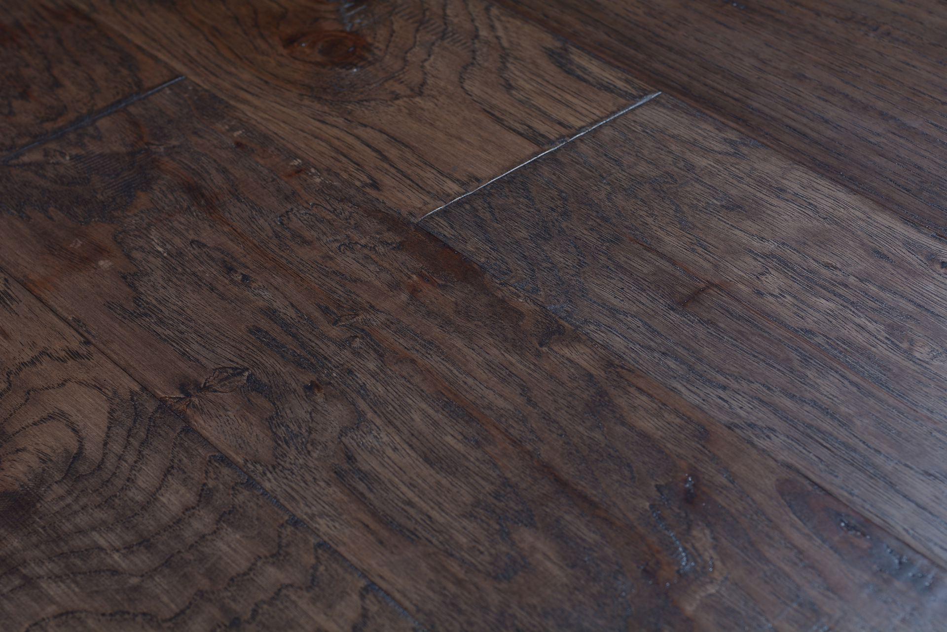 Engineered hardwood direct hardwood flooring charlotte for Direct hardwood flooring