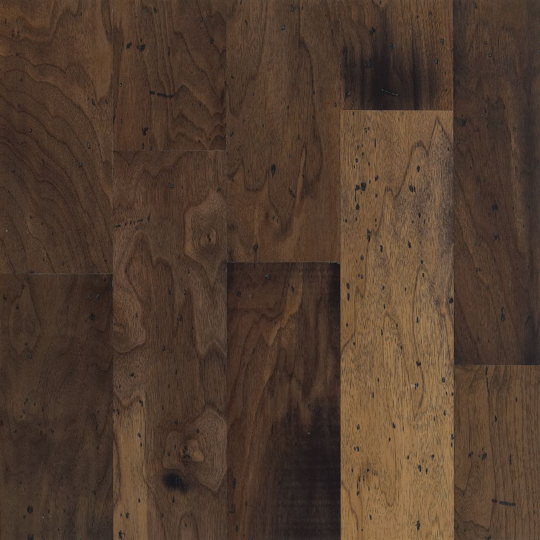 Walnut Antique Natural – Engineered Hardwood