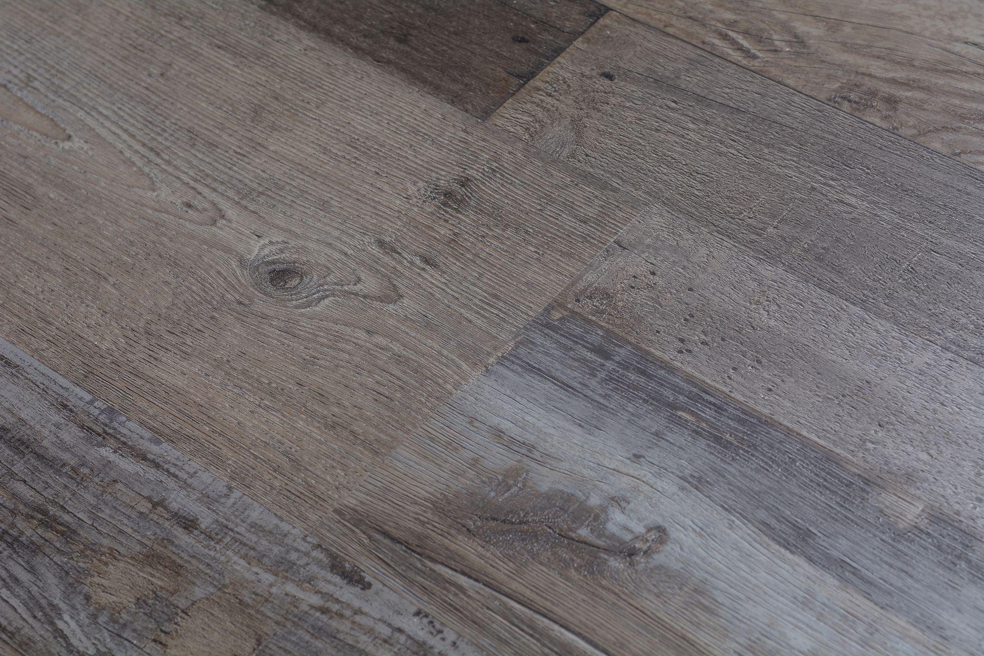 Engineered hardwood flooring laminate 2018 dodge reviews for Lp engineered wood