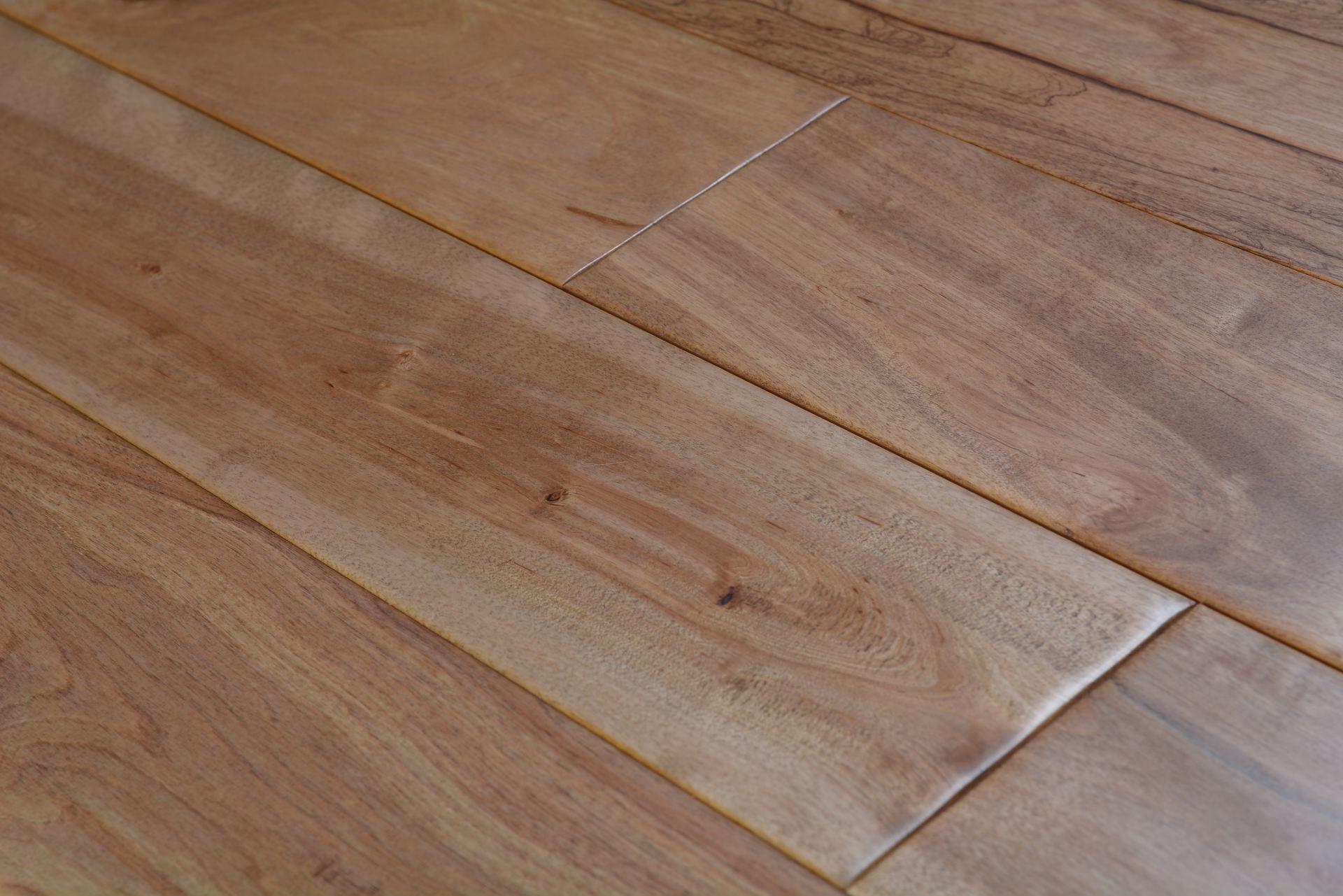 Elegant home solid handscraped 5 inch wheat bog 5379 for Hardwood floors 5 inch
