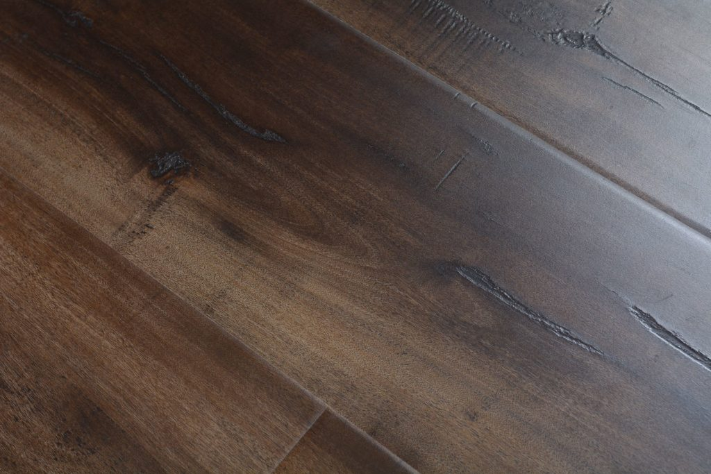 Featherstep laminate 12 3 mm chatham plank bog 5480 for Direct hardwood flooring